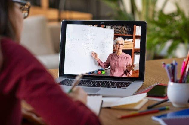 Blended Learning Solusi Pembelajaran Di Era New Normal